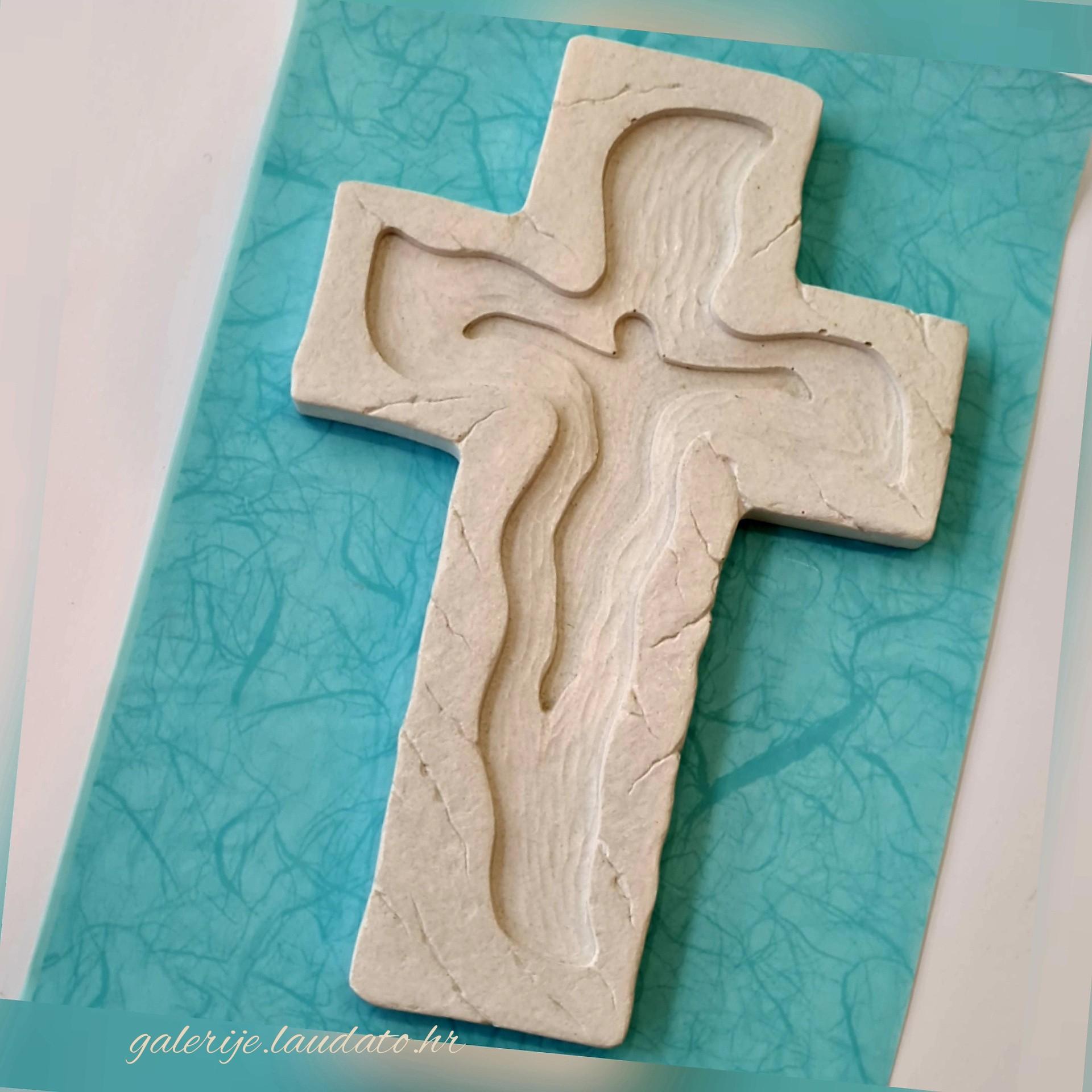 Križ reljefni
